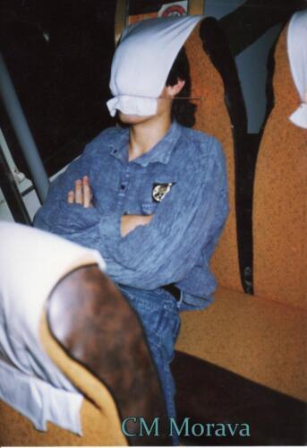 Spánek v busu